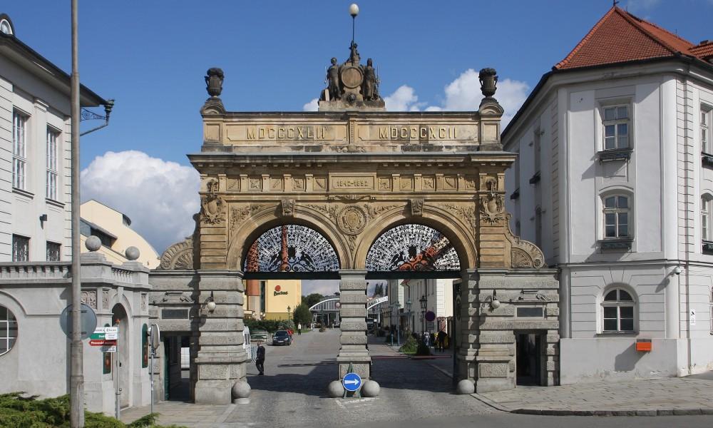 Tor der Brauerei Plzeňský Prazdroj in Plzeň, Tschechische Republik