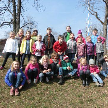 Frühlingsbasteln und Palmbuschenbinden am 19.03.2016