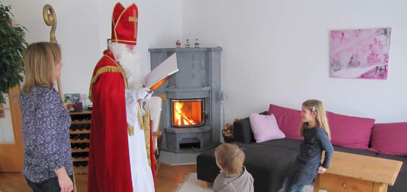 Nikolaus bei den Kindern zu Hause in Ottendichl